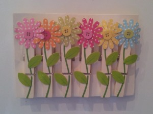 Sunshine Daisy Magnetic Pegs