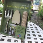 Birds Away Gift Set